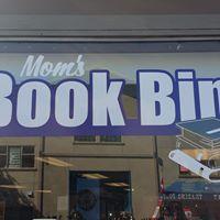 Mom's Book Bin logo