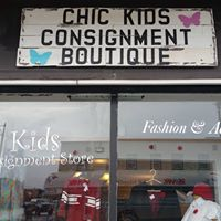 Chic Kids Consignment Boutique logo
