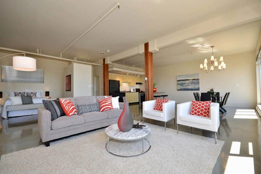 The Stage Coach  - Home Stager Victoria BC logo